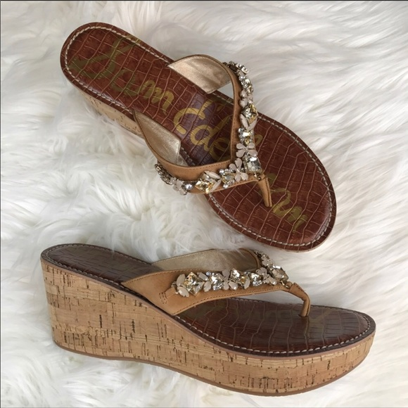 e14afaa18328 M 5acde5ebf9e5017aec9f9877. Other Shoes you may like. NIB Sam Edelman Gaile  Slide Sandal